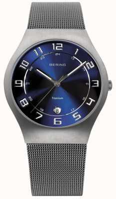 Bering titanio Mens Watch cinturino in maglia quadrante blu 11937-078
