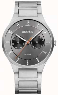 Bering Orologio di cronografo grigio in titanio 11539-779
