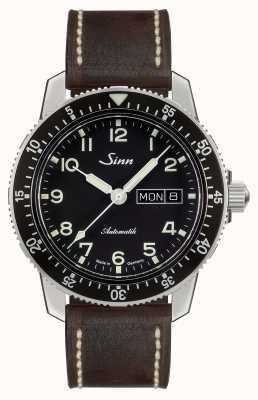 Sinn 104 st sa un classico guarda pilota in pelle marrone scuro marrone 104.011-BL50202002007125401A
