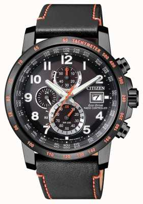 Citizen Cronometro da uomo con eco-drive in pelle a controllo radio da uomo AT8125-05E