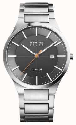 Bering Cinturino in titanio argento solare da uomo 15239-779