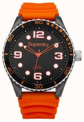 Superdry Cinturino in silicone arancione | quadrante nero | marcatori bianchi SYG163OA