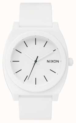 Nixon Cassiere del tempo p | bianco opaco | cinturino in silicone bianco | quadrante bianco A119-1030-00
